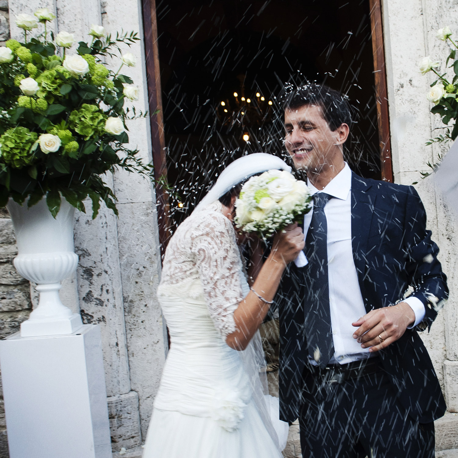 outdoor spring wedding umbria