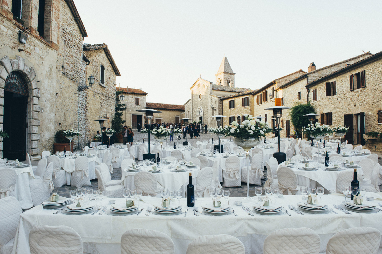 umbria outdoor wedding reception