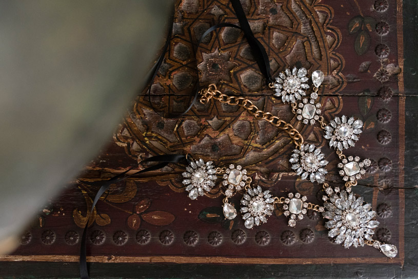 typical-moroccan-bride-jewellery