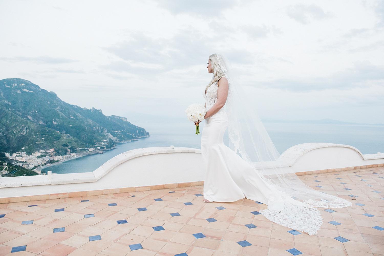 bride portrait villa eva rooftop