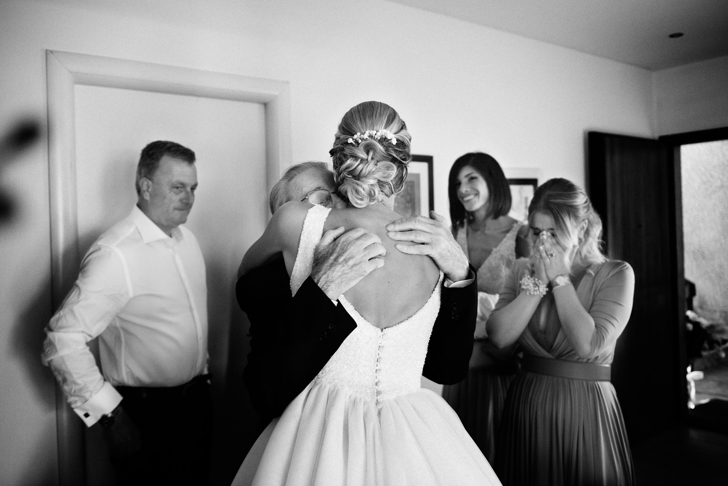 Framelines Italian Wedding Photographer