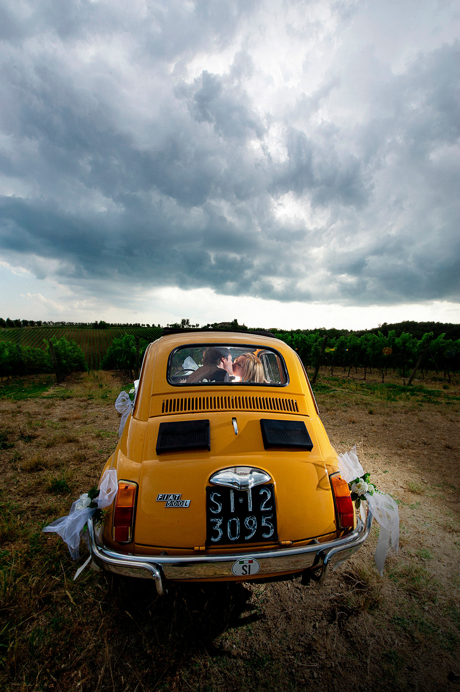 Framelines wedding photographers tuscany