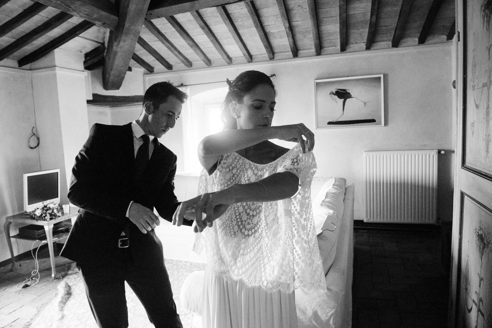 retro-glam-style-bride