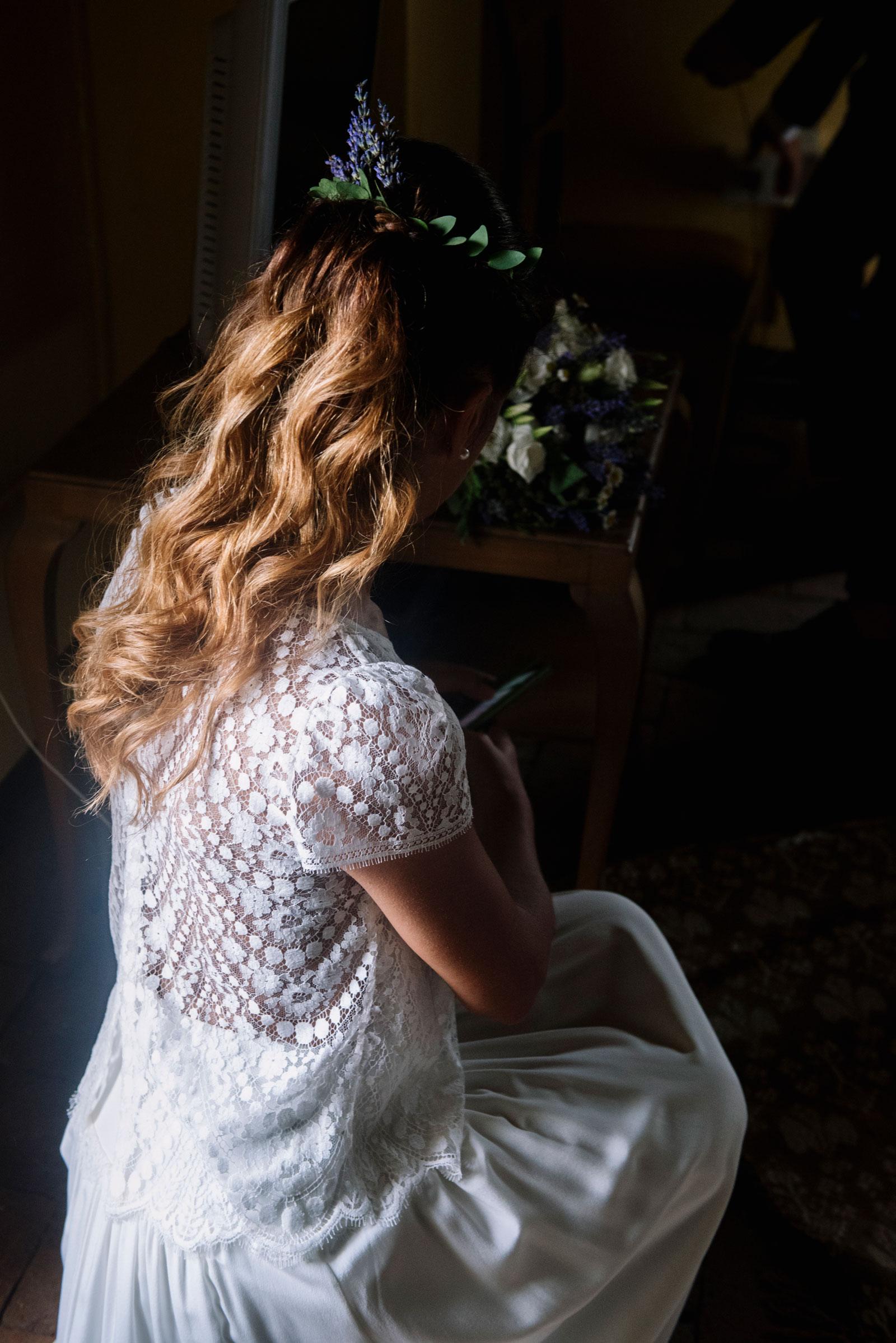 wavy-bride-hairstyle